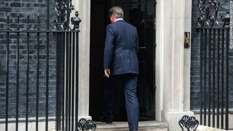 David Cameron's musical exit goes viral