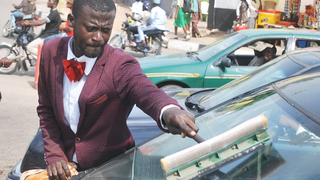 Is this the world's most dapper squeegee man?